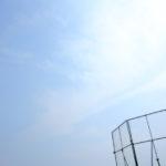 野球コートの空